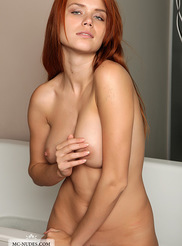 Beautiful Redhead Babe 07