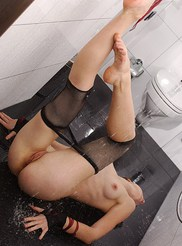 Wet and Horny 09