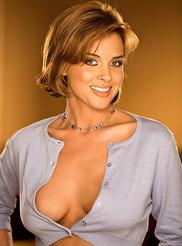 Holly Hernandez 00